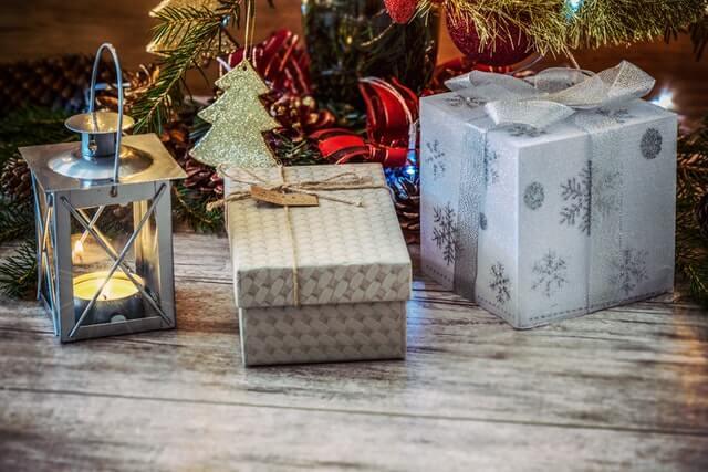 cadeaus kerstdozen kerstboom